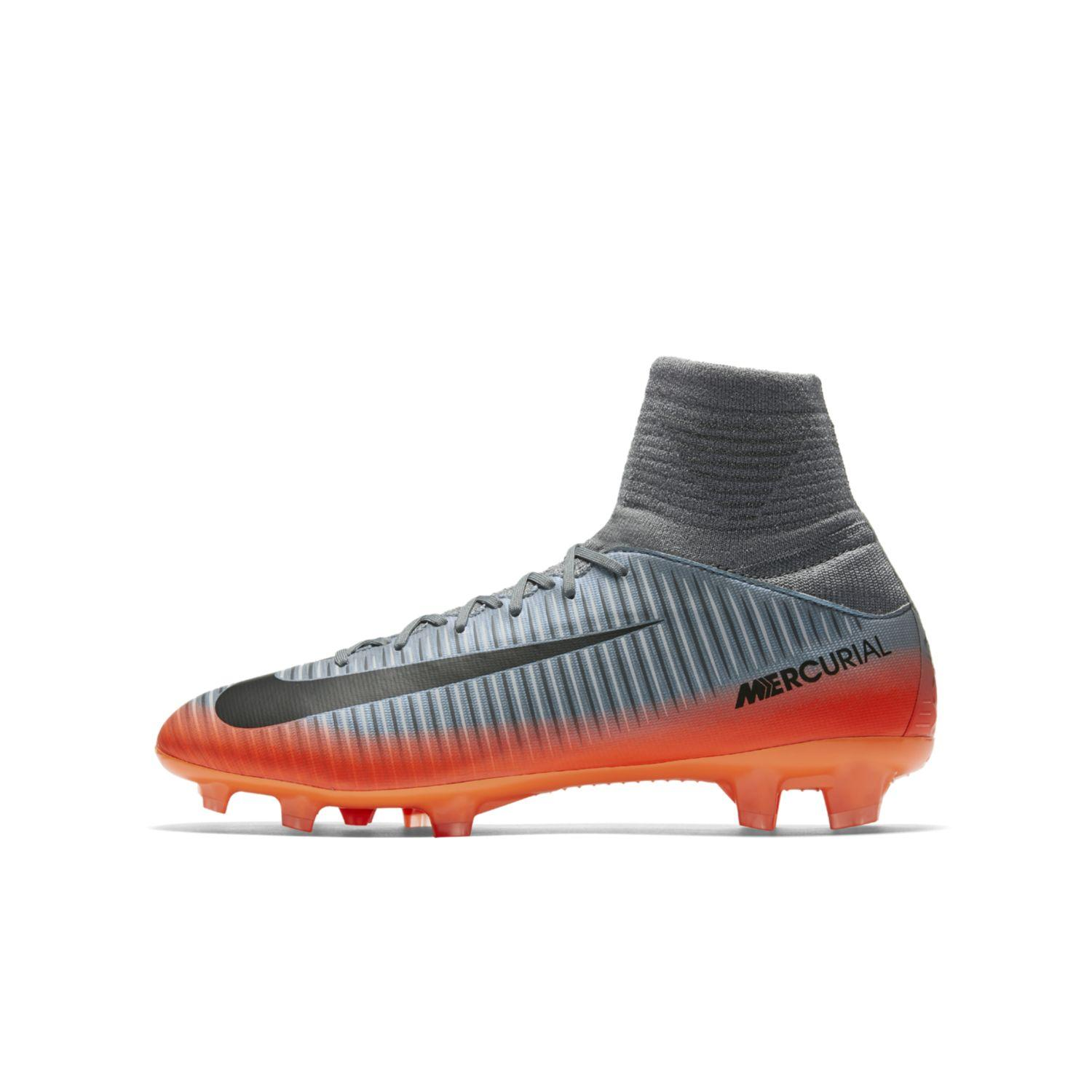 Nike Chaussures de football MERCURIAL SUPERFLY V CR7 FG Enfant Cristiano Ronaldo
