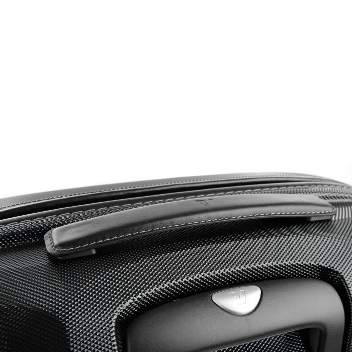 Medium Luggage  BLACK/BLACK Roncato