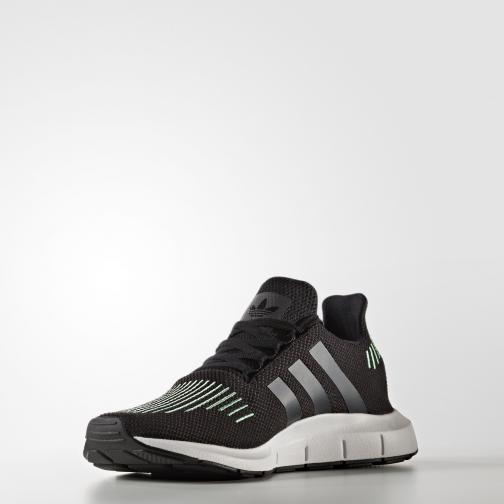 Adidas Originals Schuhe Swift Run Core Black/Utility Black /Footwear White Tifoshop