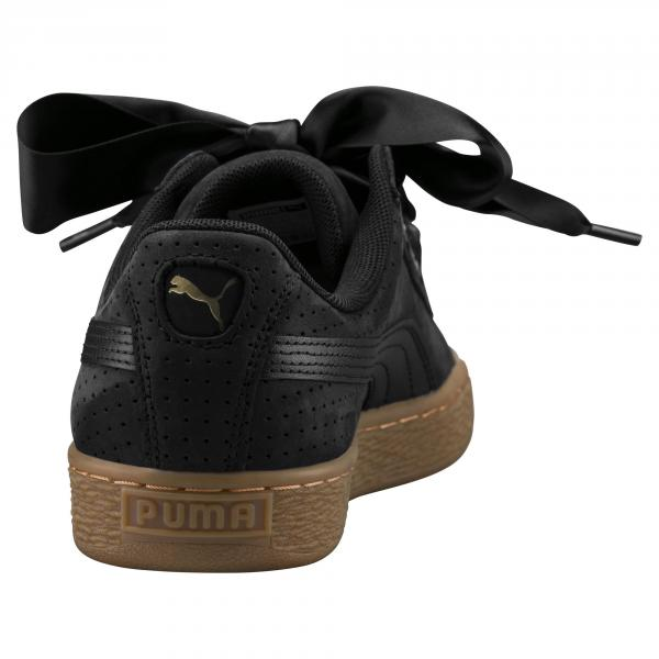 nouvelle arrivee 06d68 5c9fd Puma Shoes Basket Heart Perf GUM Woman