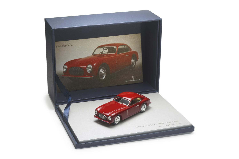 Models Red Pininfarina Store