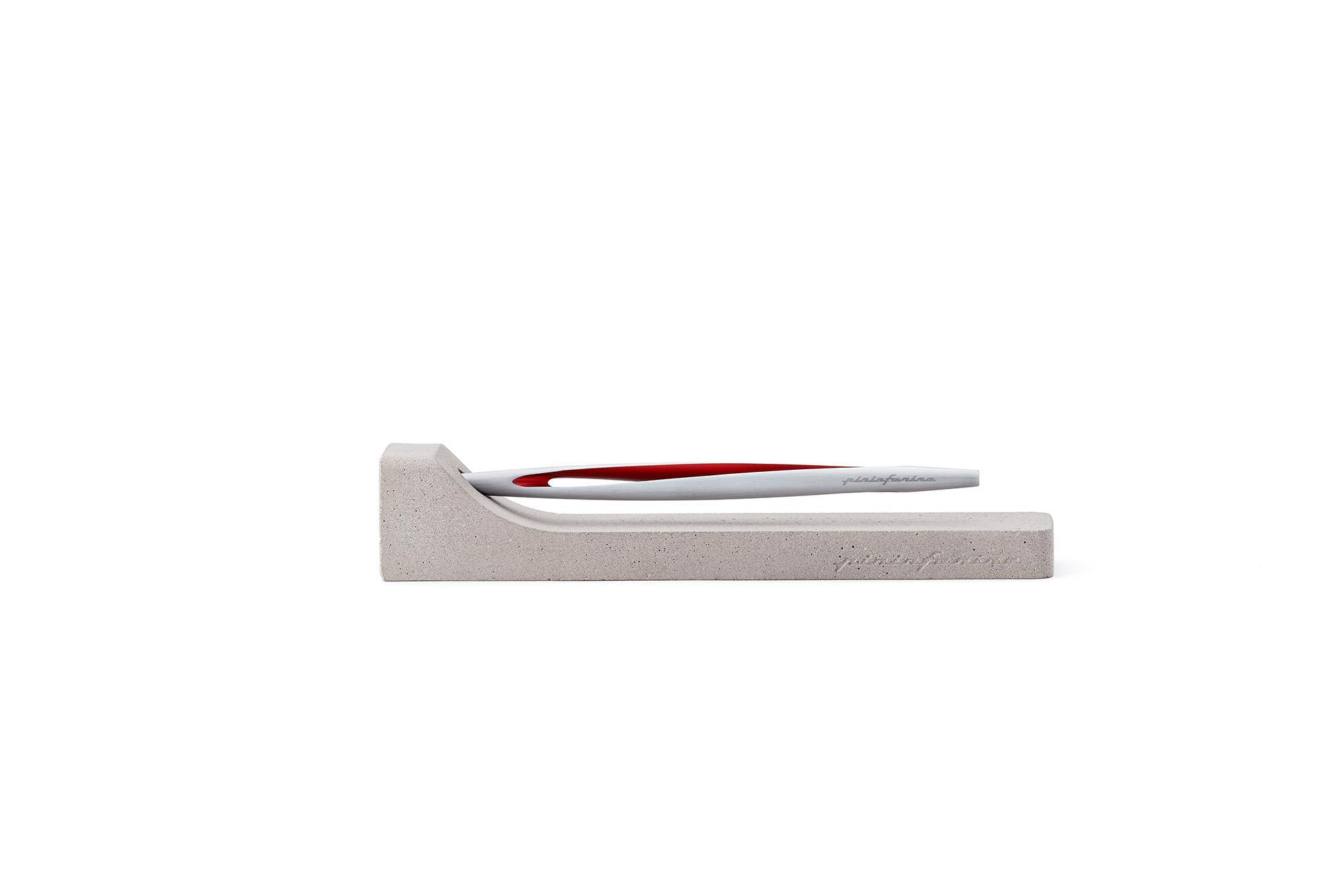 Pininfarina Aero Alluminio/rosso