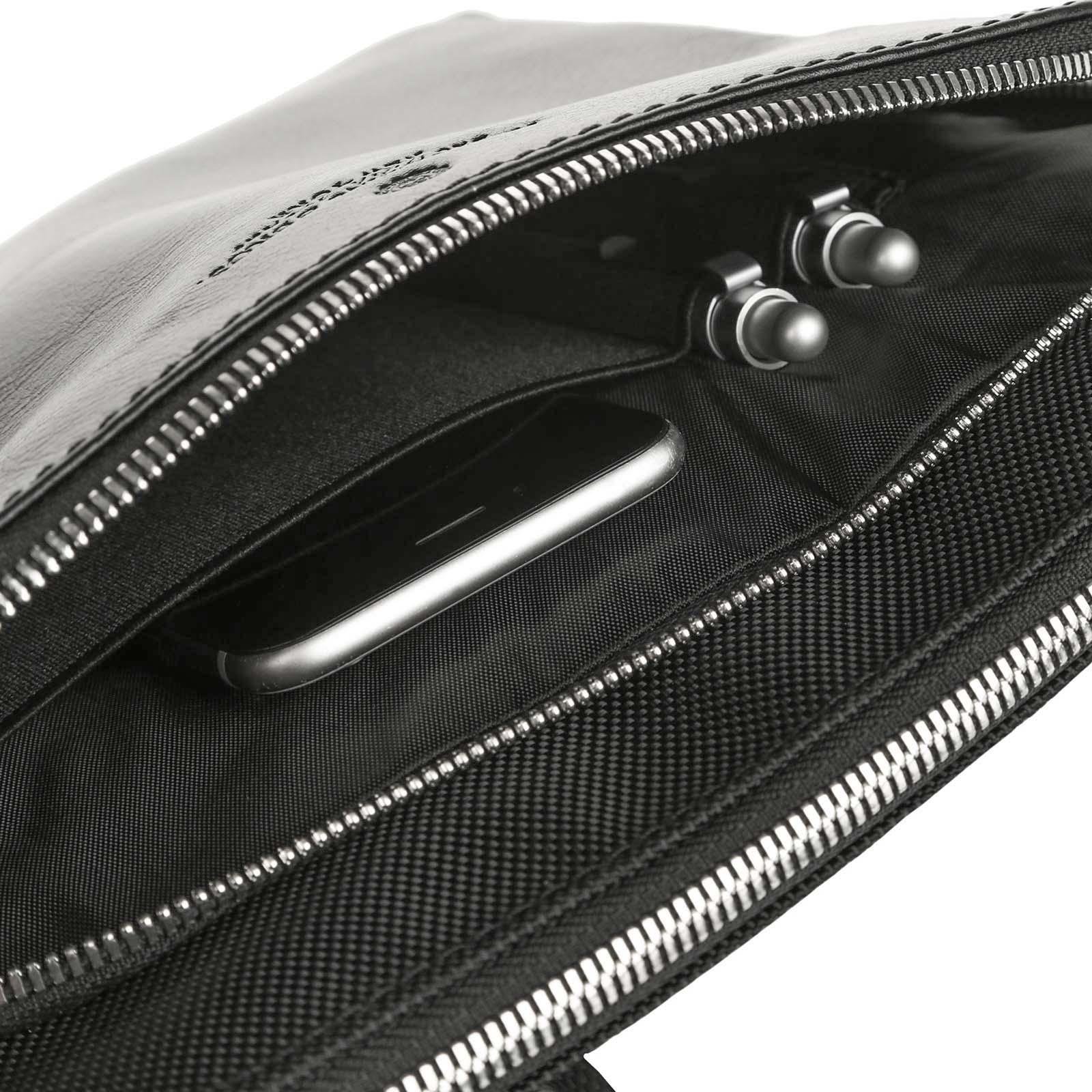 Curved Body Bag Metropolitan NERA