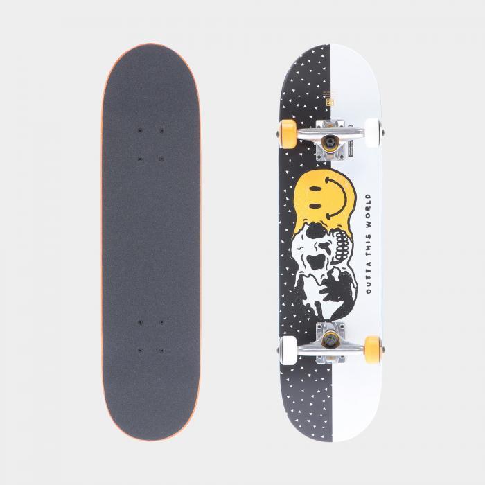 globe skateboard white black