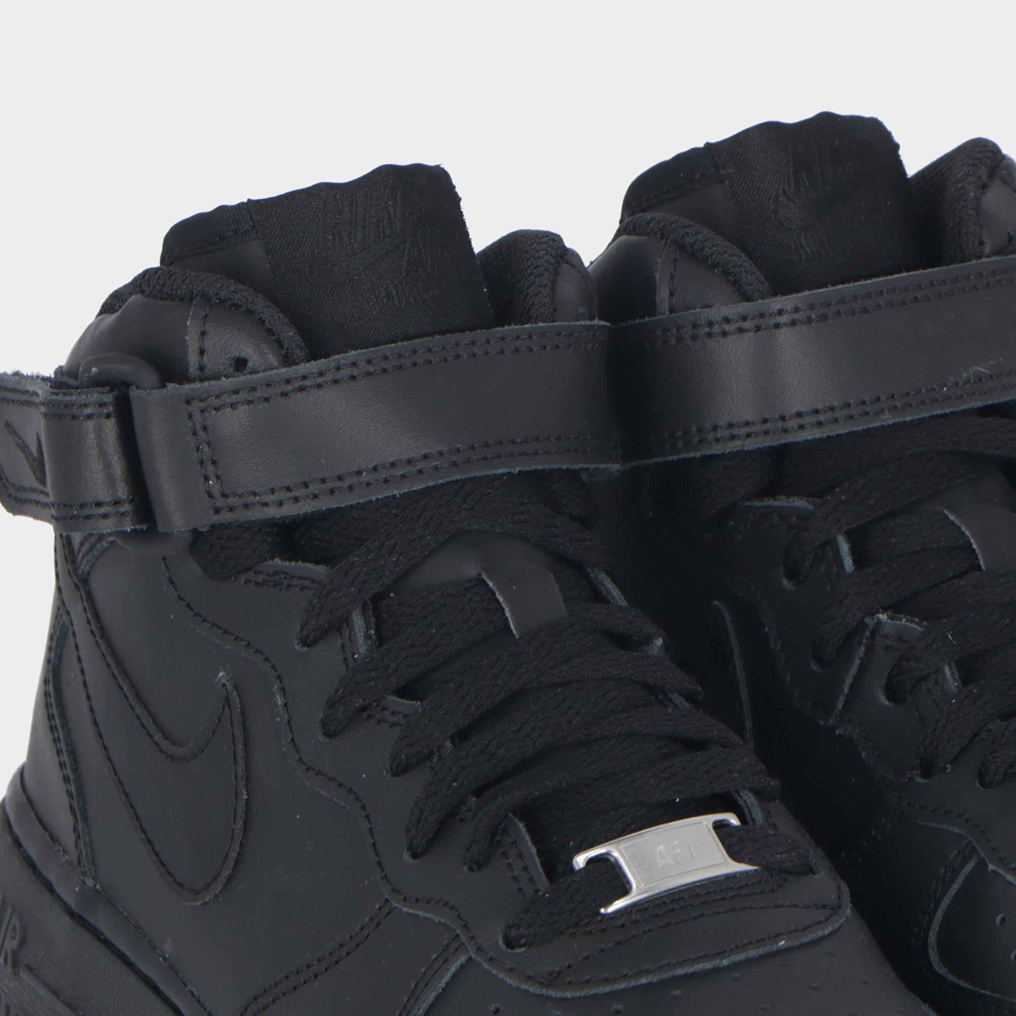 purchase cheap 2db41 bf562 Nike Air Force 1 Mid  07 Black black