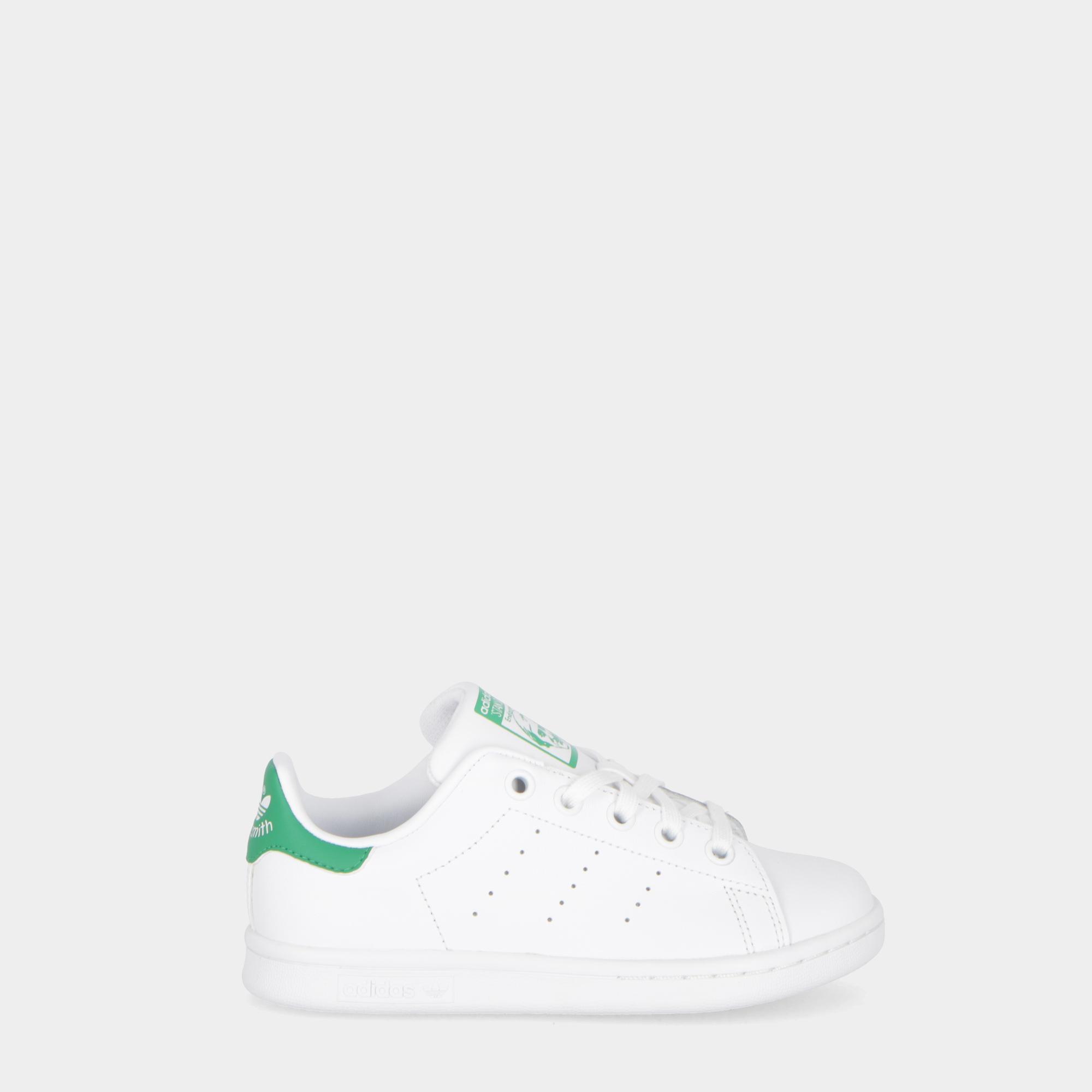 low priced 2e68f 2666d Adidas Stan Smith - Kids White white green
