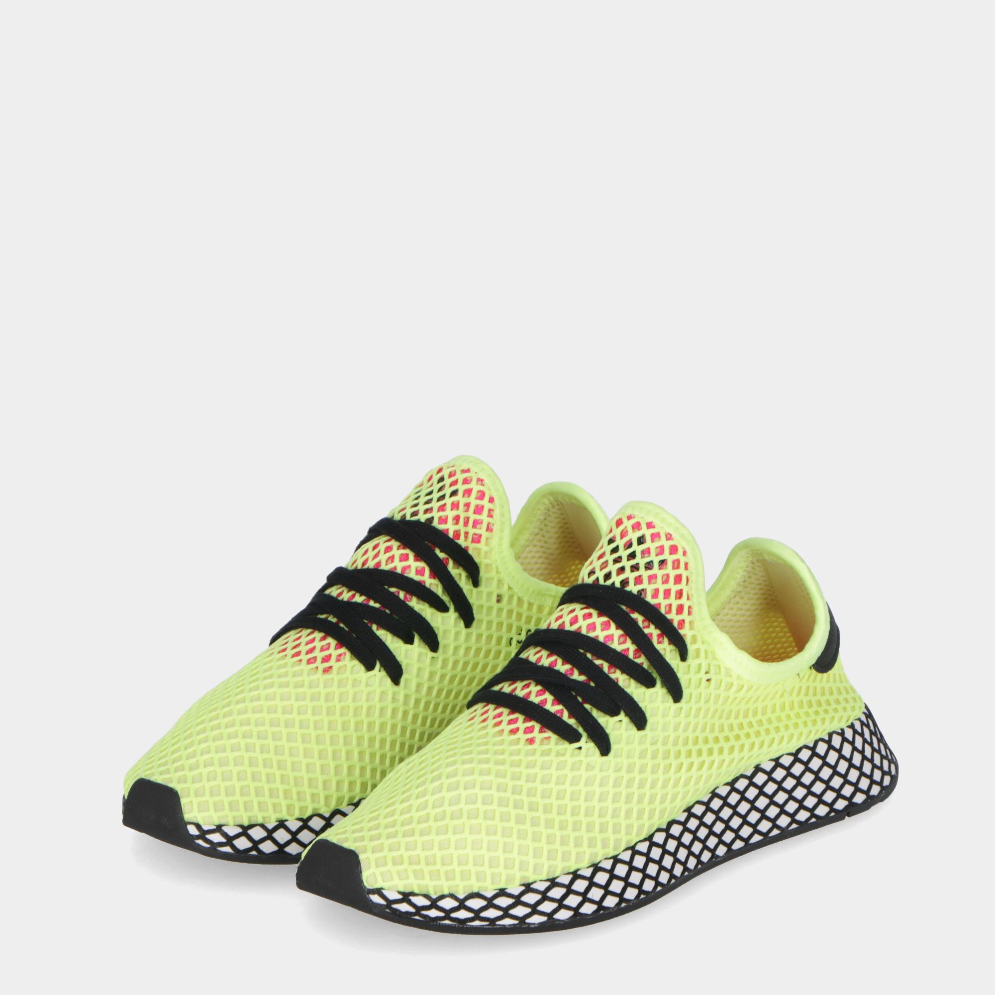 separation shoes 72028 5600e Adidas Deerupt Runner Yellow black pink