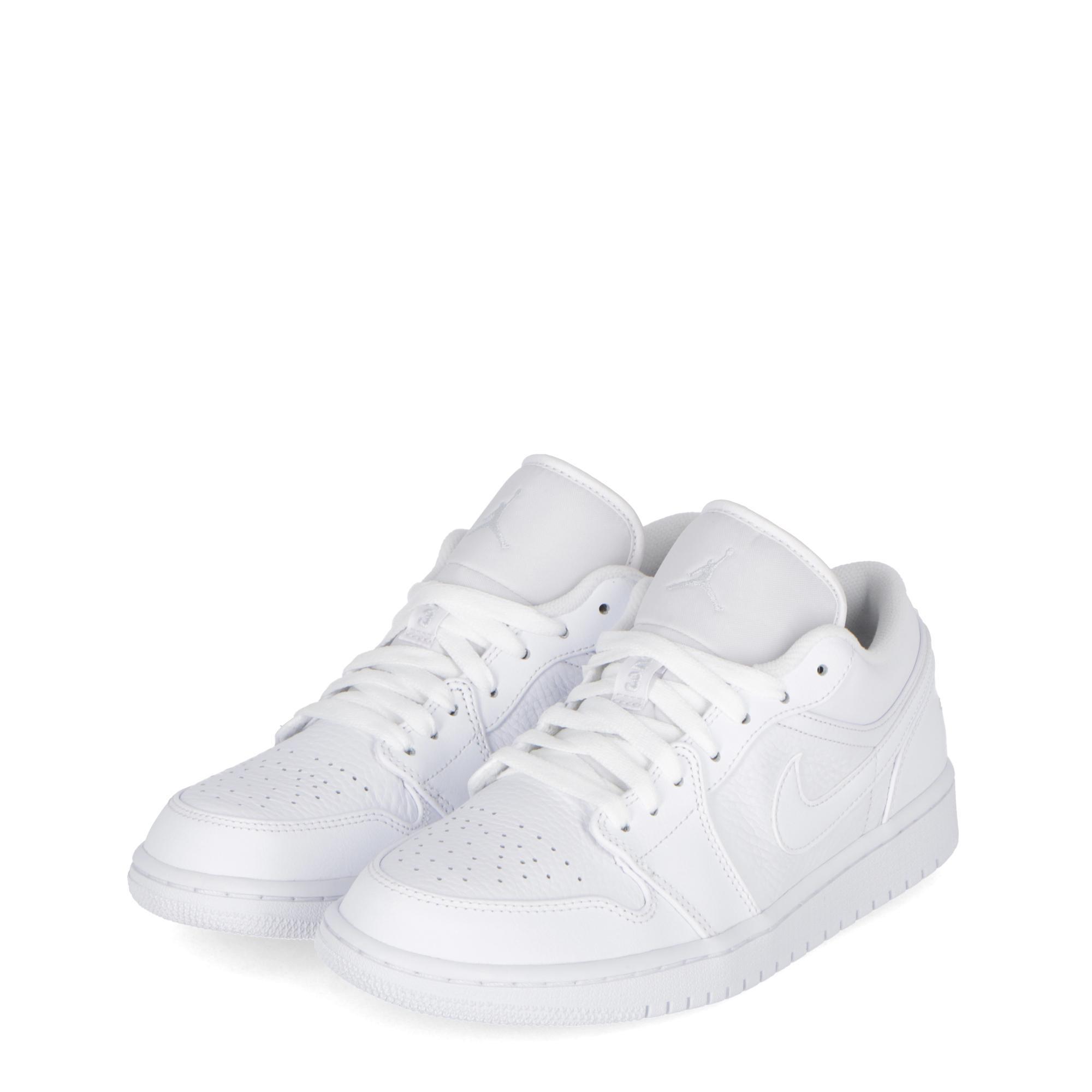 sale retailer a2850 50bae NIKE AIR JORDAN 1 LOW