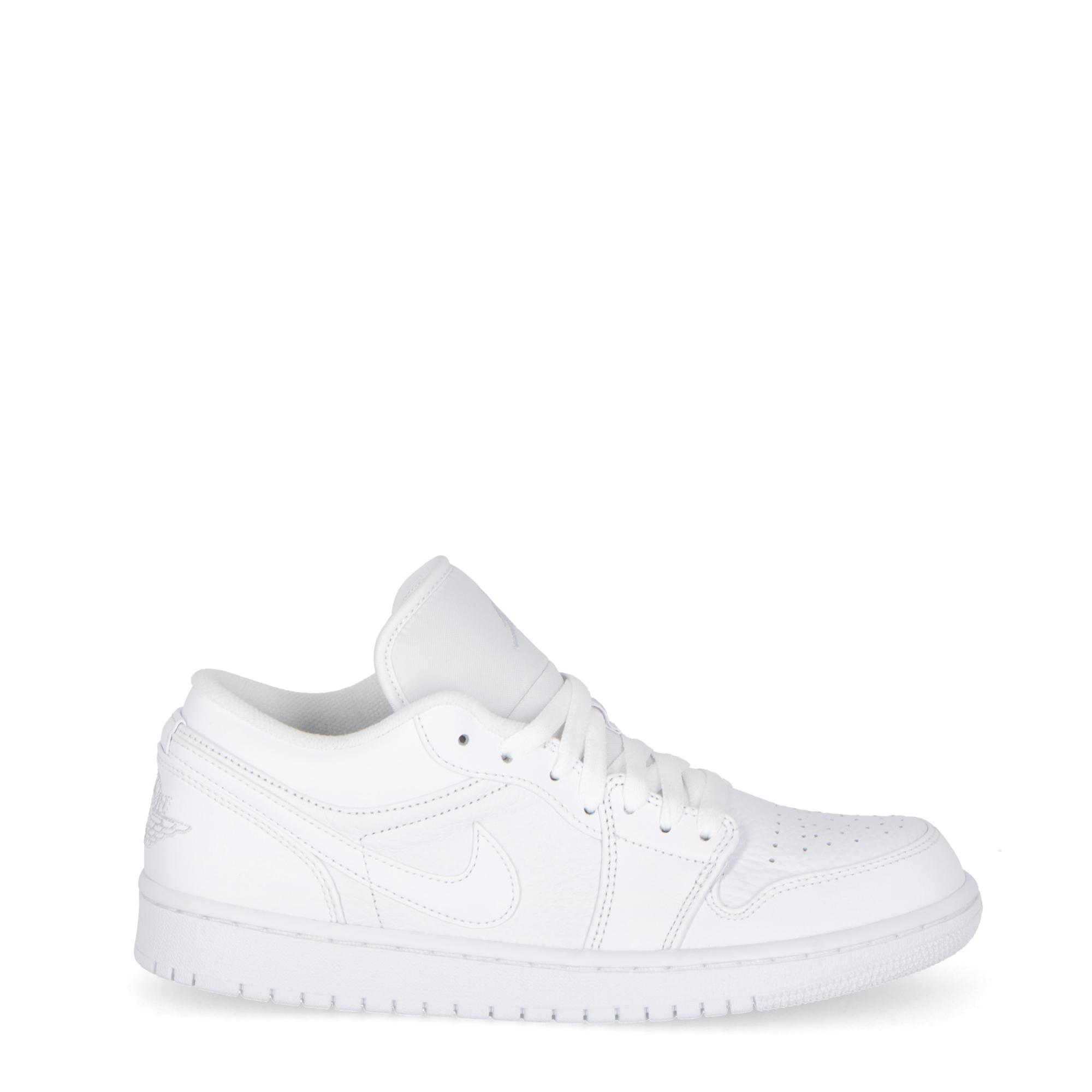 best website c0f52 3a35c Nike Air Jordan 1 Low White white white