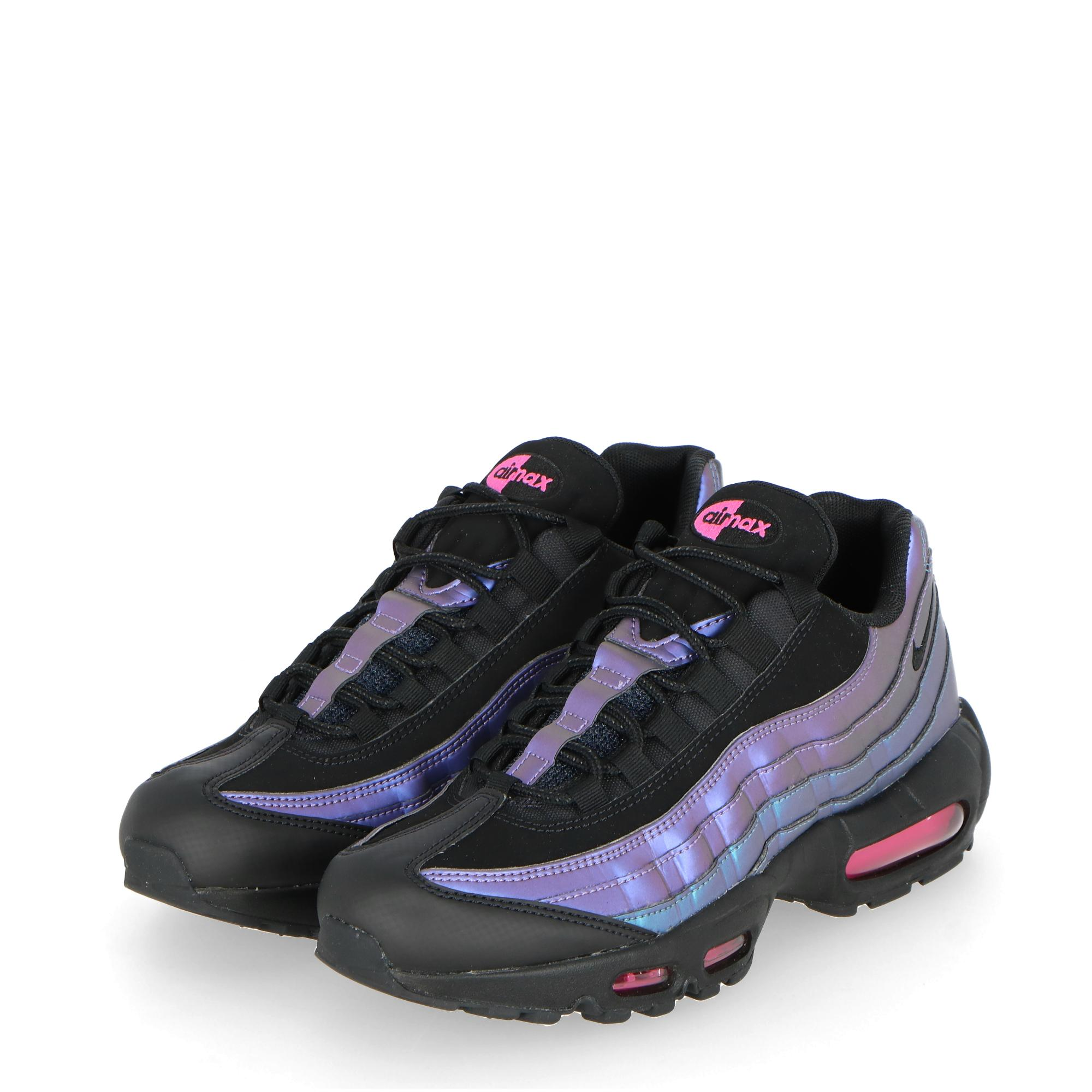 separation shoes ec9d9 a17ef NIKE AIR MAX 95 PREMIUM