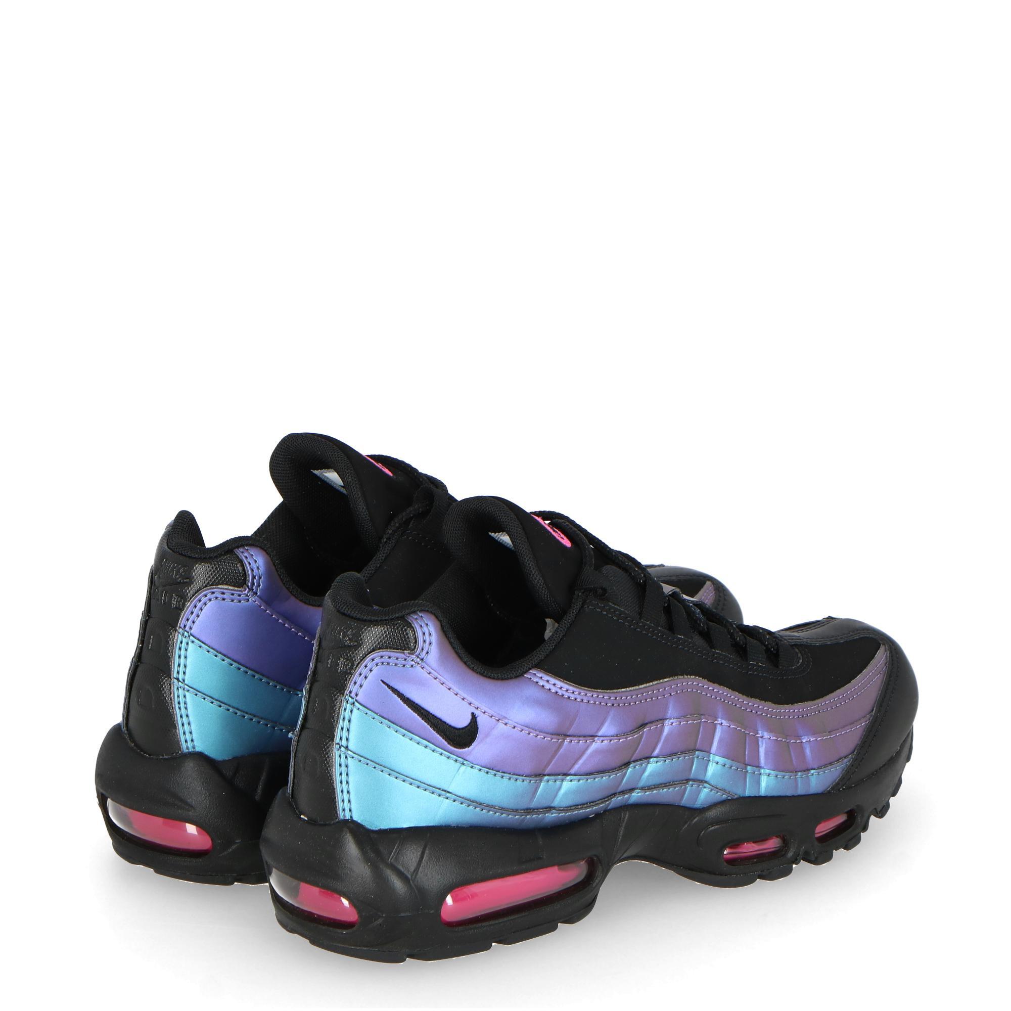 separation shoes 4903d e4468 NIKE AIR MAX 95 PREMIUM