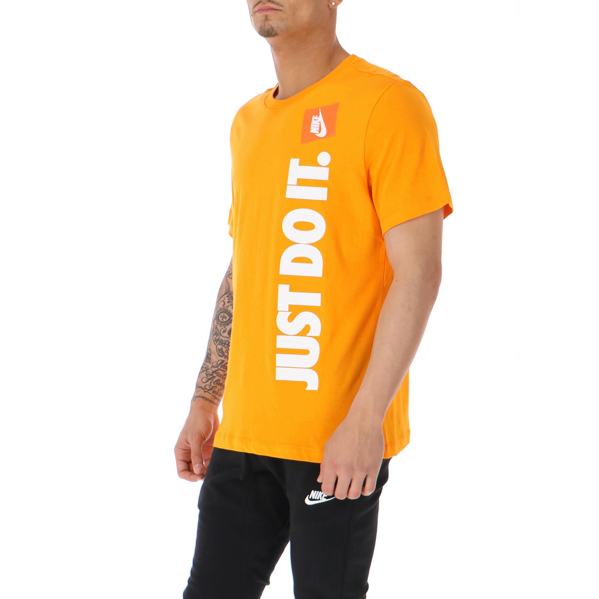 Nike Just Do It Tee Orange peel light cream