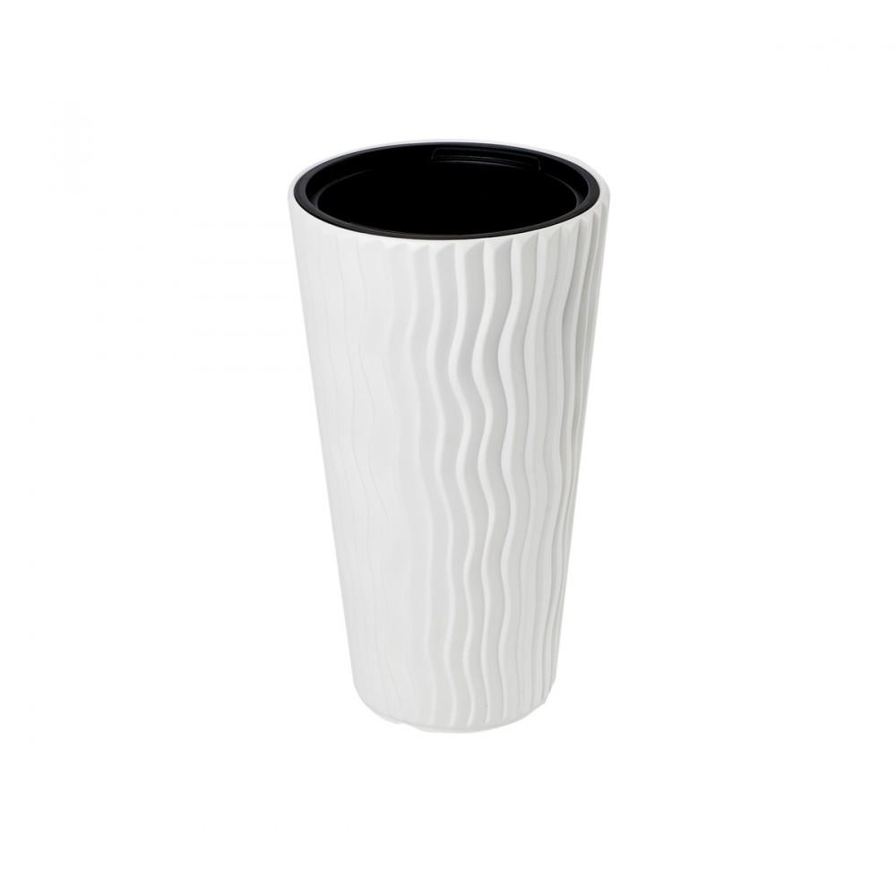 Vaso Alto Modello Sandy Slim Di Colore Bianco. Con Decorazione In Rilievo Tridimensionale Effetto Onde. Disponibile In Diversi Diametri.