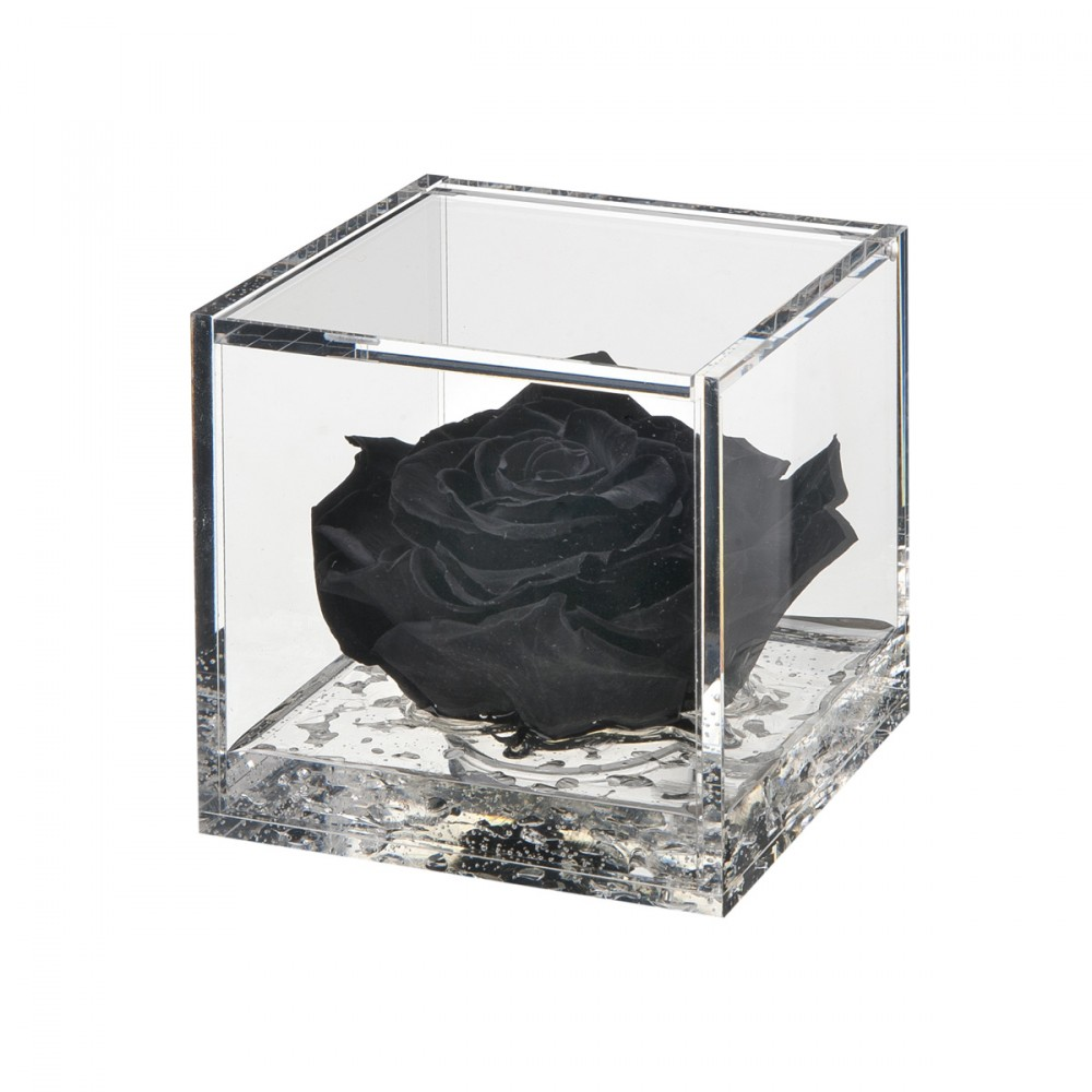 Flowercube è Una Fantastica Idea Regalo. Il Cubo In Plexiglass Effetto Vetro, Apribile, Contiene Una Rosa Stabilizzata Di Alta Qualità, Profumata, Su Un Gel Effetto Acqua. Un Colore Diverso Per Le Diverse Emozioni Che Si Vogliono Comunicare.